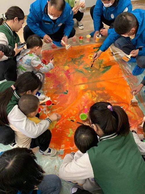 孤独症儿童生活里需要有更多色彩